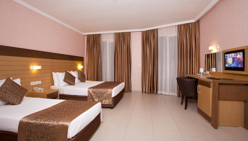 KLEOPATRA REMI (ex. REMI HOTEL)