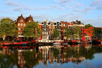 AMSTERDAM 2019 - Orasul lalelelor, muzeelor si al distractiei - Olanda