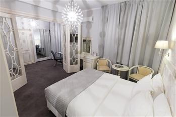 Hotel Cherie - 3  star Hotels