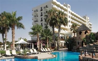 LORDOS BEACH - Paste 2019 - Larnaca