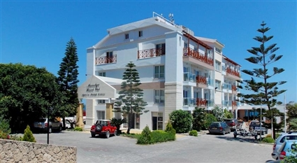 MANOLYA - Kyrenia