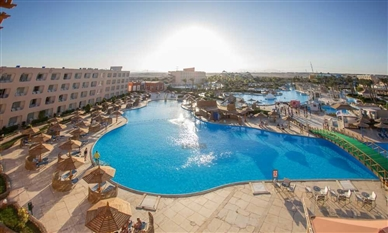 TITANIC RESORT - Hurghada